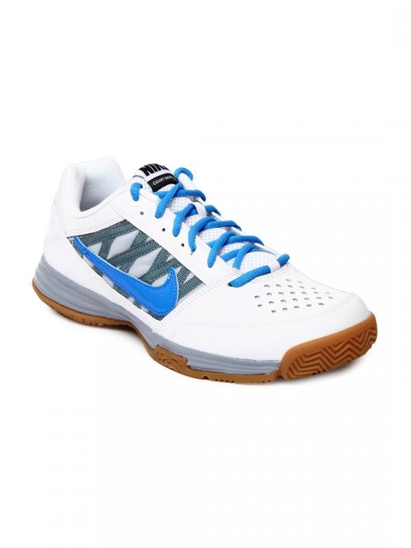 Nike court shuttle V
