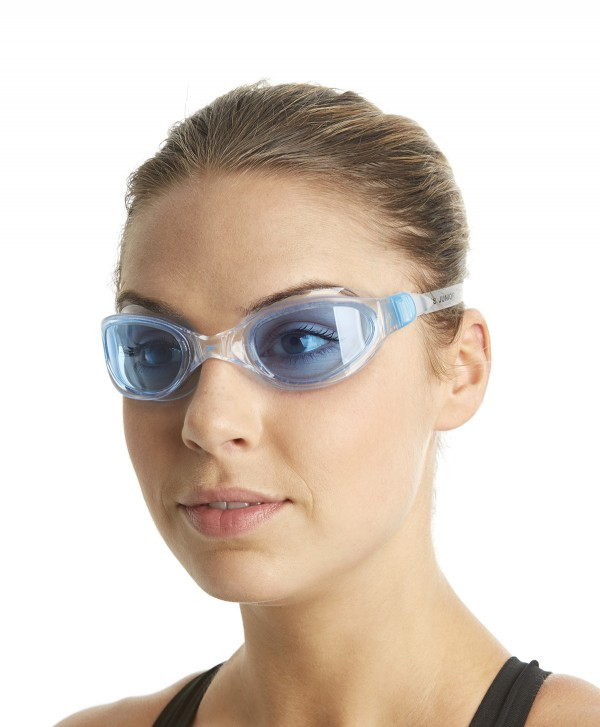 Speedo futura plus clear